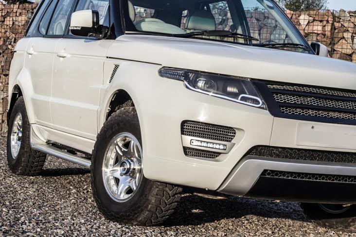Tata safari modified into a range rover evoque for Tata motors range rover