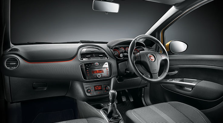 Fiat punto evo launched in indian auto market price starts from rs 4 55 lakh