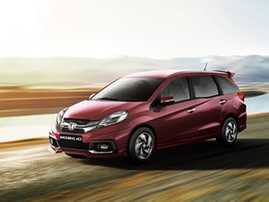 honda-mobilio-rs-delivery-begins-in-india