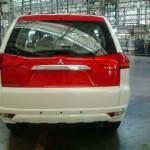 mitsubishi-pajero-sport-dual-tone-flame-red-white-limited-edition-015