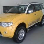 mitsubishi-pajero-sport-dual-tone-lemon-yellow-white-limited-edition-002