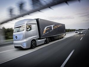 mercedes-benz-future-truck-2025-price-pics-details
