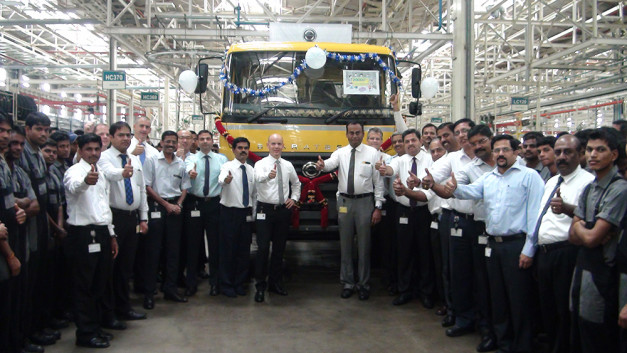 20000-truck-rollout-bharat-benz