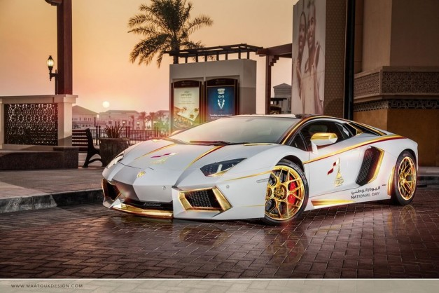 gold-plated-lamborghini-aventador-qatar-national-day-