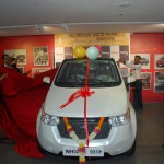 mahindra-reva-e2o-birthday-gift-gul-panag-003