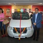 mahindra-reva-e2o-birthday-gift-gul-panag-008