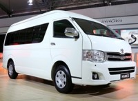 toyota-hiace-india-launch-2015