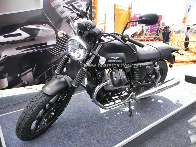 moto-guzzi-v7-stone-abs-2015-india-bike-week-IBW