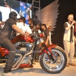 reza-hussain-customs-da-bang-2015-india-bike-week-028