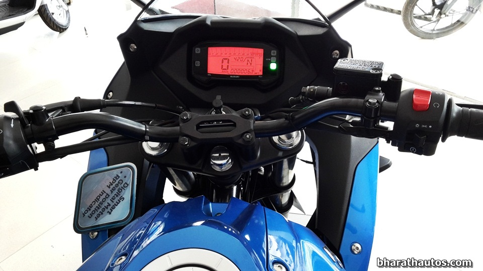 suzuki gixxer sf launched new full faired variant at rs