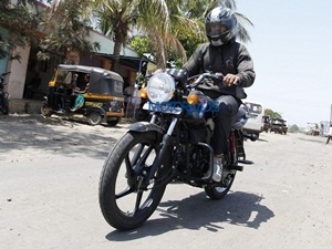 mahindra-arro-motorcycle-spied-in-india