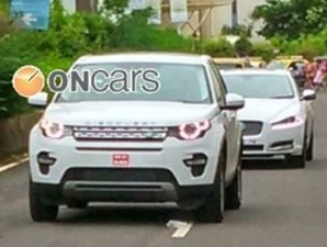 land-rover-discovery-sport-spied-in-india