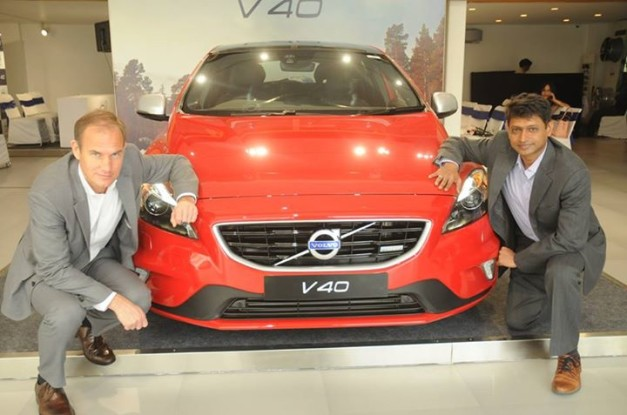 new-2015-volvo-v40-launched-in-india-01