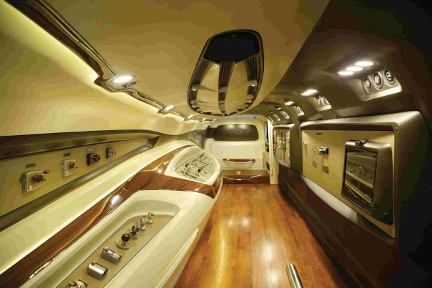 dc-design-mobile-experience-centre-mec-3-godrej-bus-interior-inside