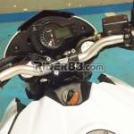 benelli-tnt-300-tnt-600i-aftermarket-headlamps-look-like-tnt-1130-008