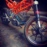 customised-modified-yamaha-rd-350-ktm-duke-390-flying-sikh (6)