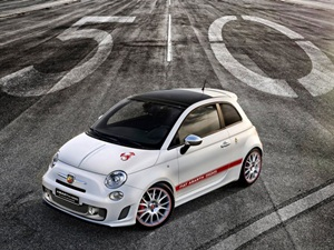 fiat-abarth-595-competizione-launched-in-india
