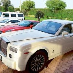 leena-maria-paul-residence-parked-rolls-royce-phantom-abandoned-india-007