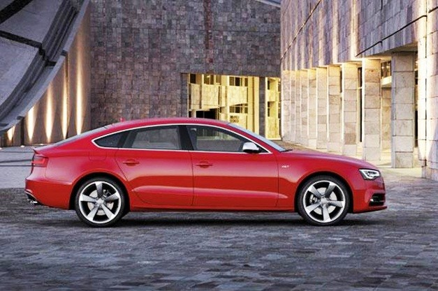 audi-s5-sportback-india-side-profile