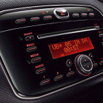 fiat-abarth-punto-india-audio-music-system