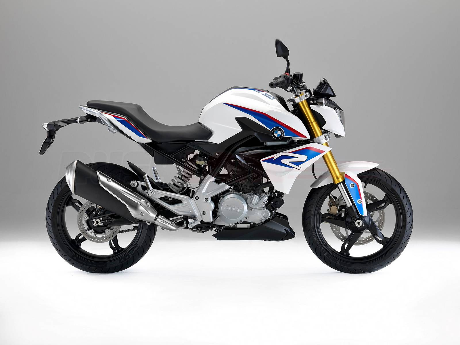 Design Color Schemes Tvs Bmw Lovechild The G310r Breaks Cover Bajaj Ktm