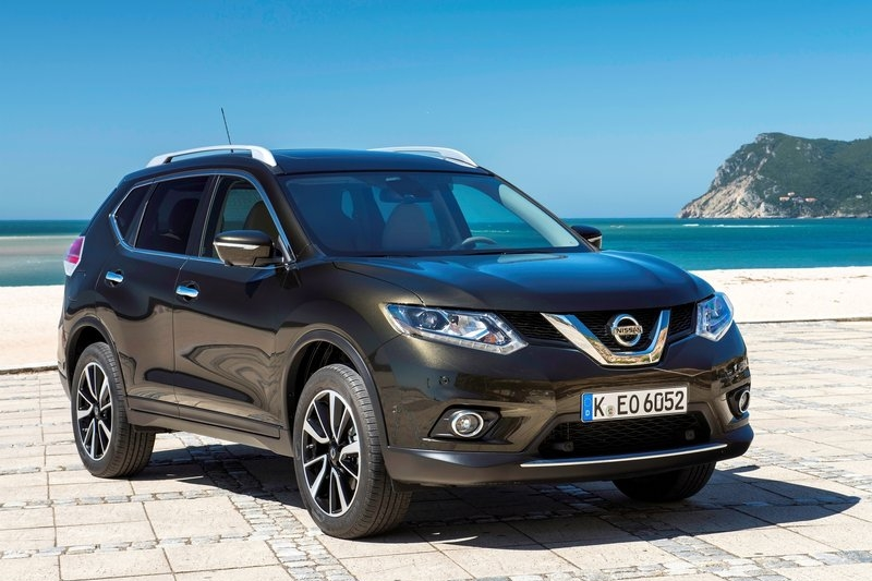 new nissan x trail rumored to be launched in india at auto expo 2016. Black Bedroom Furniture Sets. Home Design Ideas