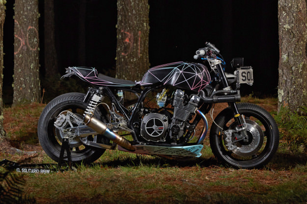 yamaha-xjr1300-el-solitario-customize-machine-side