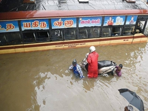 free-service-camps-chennai-flood-two-wheelers-for-10-days