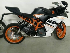 new-2016-ktm-rc-390-spied-in-india