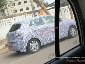 ssangyong-tivoli-spied-in-bangalore