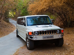 stretched-mahindra-scorpio-limousines-seized-by-vashi-rto-officials