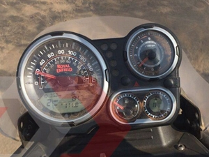 royal-enfield-himalayan-speedometer-instrument-cluster-launch