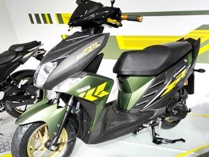 all-new-yamaha-cygnus-ray-zr-scooter-2016-auto-expo
