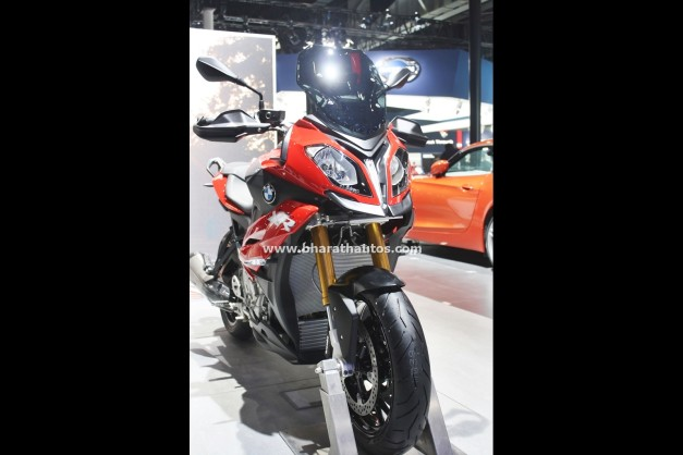 bmw-s-1000-xr-2016-auto-expo-india-pictures-photos-images-snaps