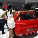 fiat-punto-pure-pictures-photos-images-snaps-2016-auto-expo-003