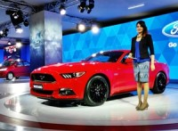ford-mustang-gt-india-details-pictures-2016-auto-expo