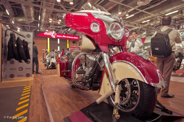 indian-chieftain-2016-auto-expo-india-pictures-photos-images-snaps