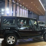 jeep-wrangler-unlimited-pictures-photos-images-snaps-2016-auto-expo-side-view