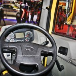 mahindra-blazo-series-truck-2016-auto-expo-pictures-photos-images-snaps-steering-wheel