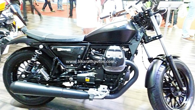 moto-guzzi-v9-bobber-2016-auto-expo-india-pictures-photos-images-snaps