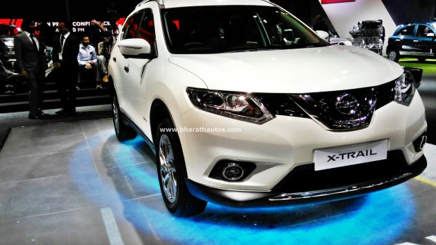 new-nissan-x-trail-hybrid-front-2016-auto-expo-pictures-photos-images-snaps