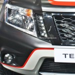 nissan-terrano-special-edition-2016-auto-expo-pictures-photos-images-snaps-led-drls-lights