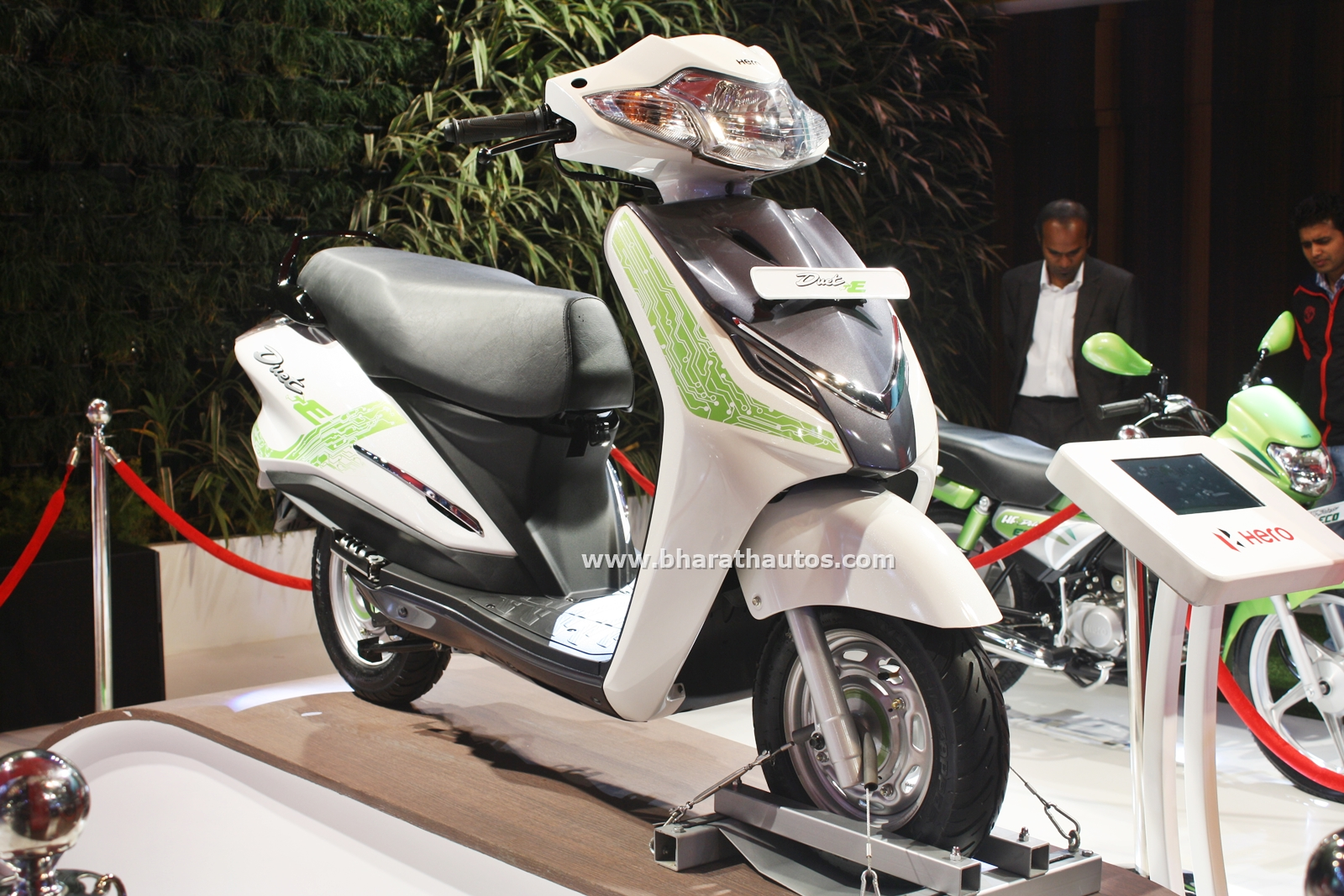Hero Duet-E Electric Scooter At 13th Auto Expo 2016