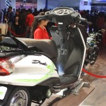 hero-duet-e-electric-scooter-india-pictures-photos-images-snaps-2016-auto-expo-seat
