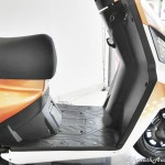 mahindra-gusto-125-footboard-pictures-photos-images-snaps