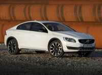 volvo-s60-cross-country-launched-details-price-pictures