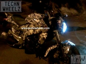 spied-bajaj-pulsar-cs-cruiser-sport-400-first-sightingspied-bajaj-pulsar-cs-cruiser-sport-400-first-sighting