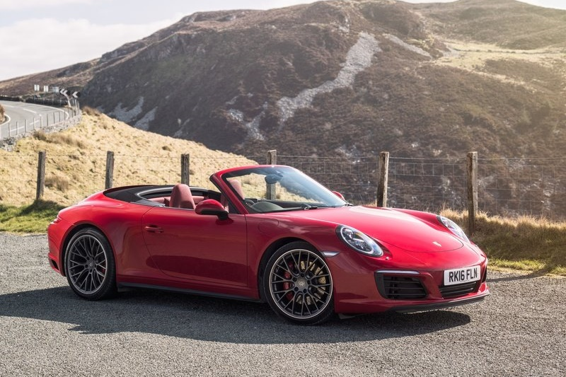 2016 range of porsche 911s launched in india from rs crore. Black Bedroom Furniture Sets. Home Design Ideas