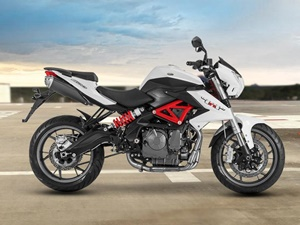 dsk-benelli-tnt-600i-switchable-abs-system-india