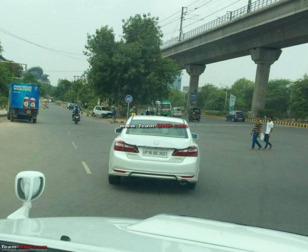 new-2016-honda-accord-9th-generation-facelift-spied-testing-gurgaon